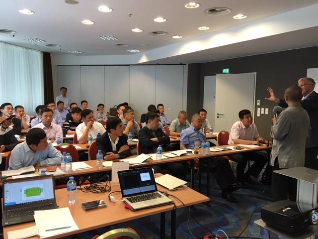 Trainingsteilnehmer Bei CFC-Asia In Berlin Mit TOM SPIKE
