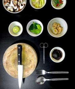 Küchenutensilien und Zutaten als Symbol für Innovationsmuster - TOM SPIKE