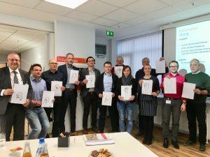 Innovationsverantwortliche Teilnehmer beim Gruppenfoto - TOM SPIKE