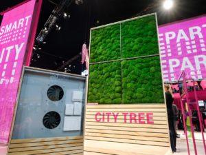 City Tree bei der Deutschen Telekom filtert Feinstaub aus Luft