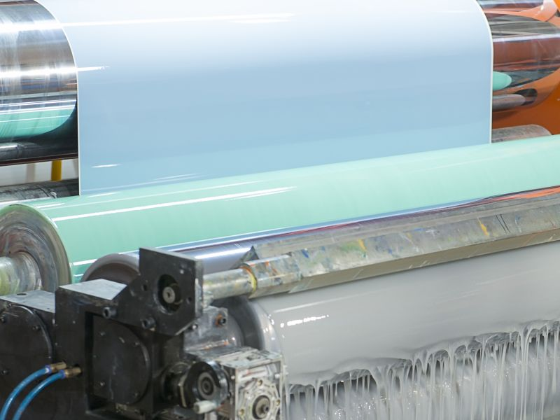 Automatic paint shop with color curtain as a symbol for business model innovation - TOM SPIKE
