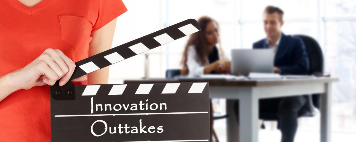 Innovation Outtakes Filmklappe vor Arbeitsteam - TOM SPIKE